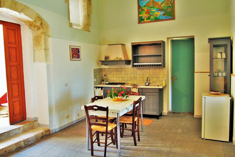 camera tina con bagno privato e cucina