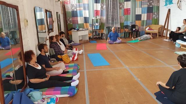 yoga nella nuova sala al B&B vinciucci a Modica